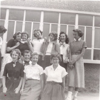 Girl Friends 1955, All the most wonderful friends a girl could ever have